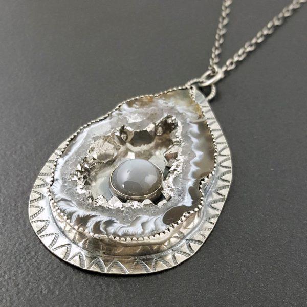 Occa Agate Silver Moonstone Pendant