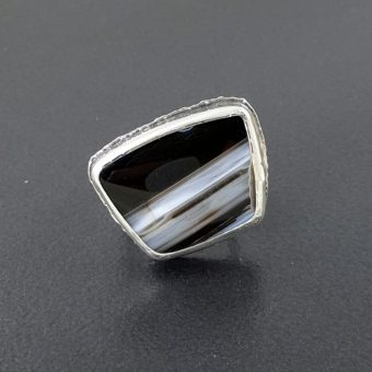 striped black onyx ring