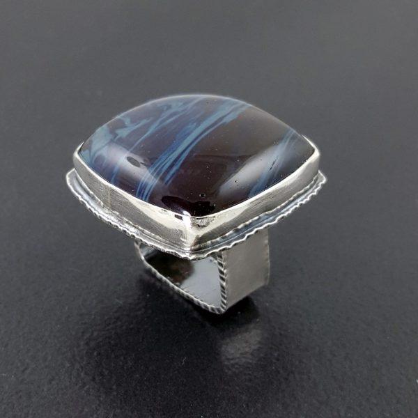 leland blue ring square band