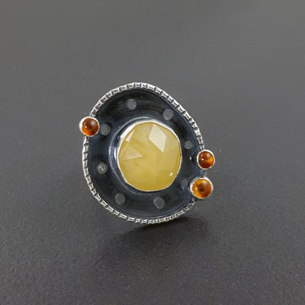 Yellow aventurine and amber ring