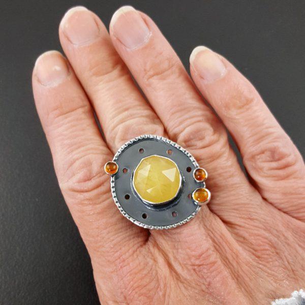 Yellow aventurine and amber ring