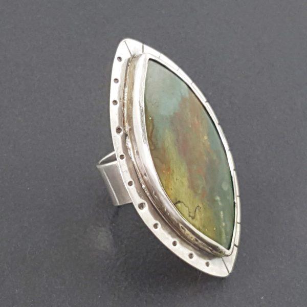 larsonite ring