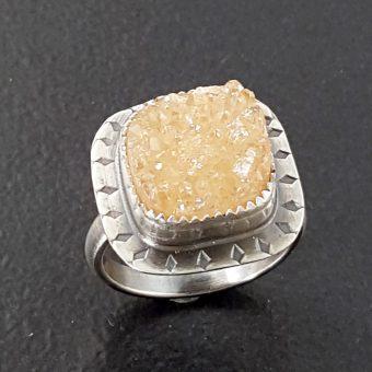 champagne druzy ring